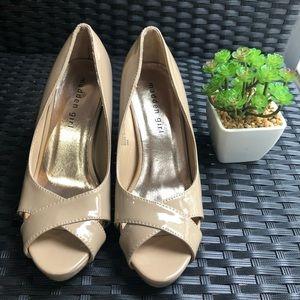 Beautiful nude shoes